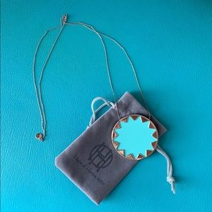 House of Harlow pendant necklace